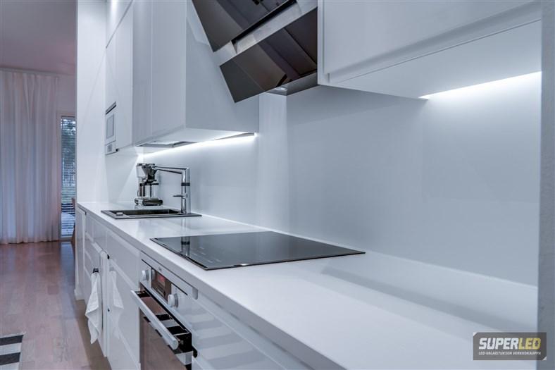 Keittiön LED valaistus  LED valot keittiöön  SuperLED fi