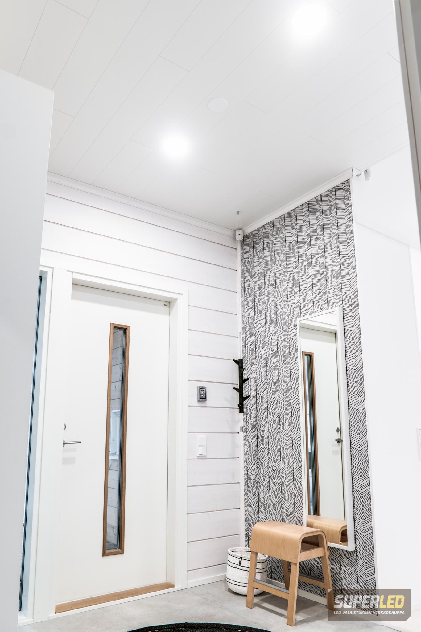 Oikein valaistu huone on kodikas ja käytännöllinen