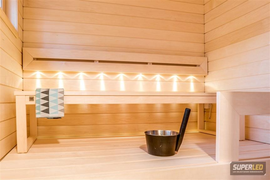 Saunan valot ja kylpyhuoneen peilien valaistus