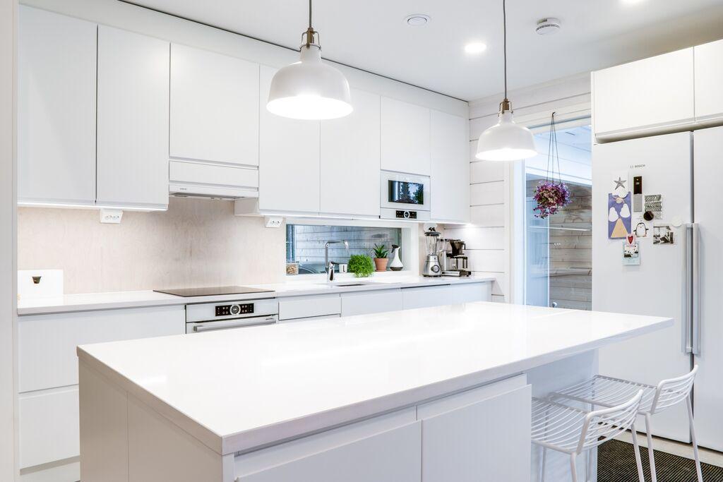 Keittiön LED valaistus  LED valot keittiöön  SuperLED fi  LED valaistuksen