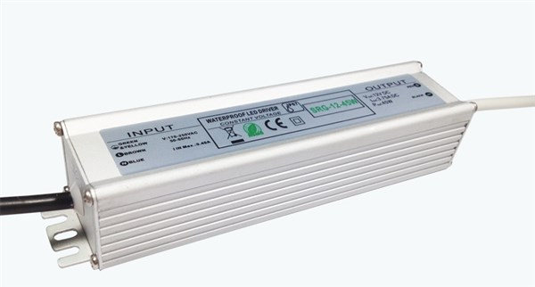 LED-Muuntaja 12V-45W IP67 SRG